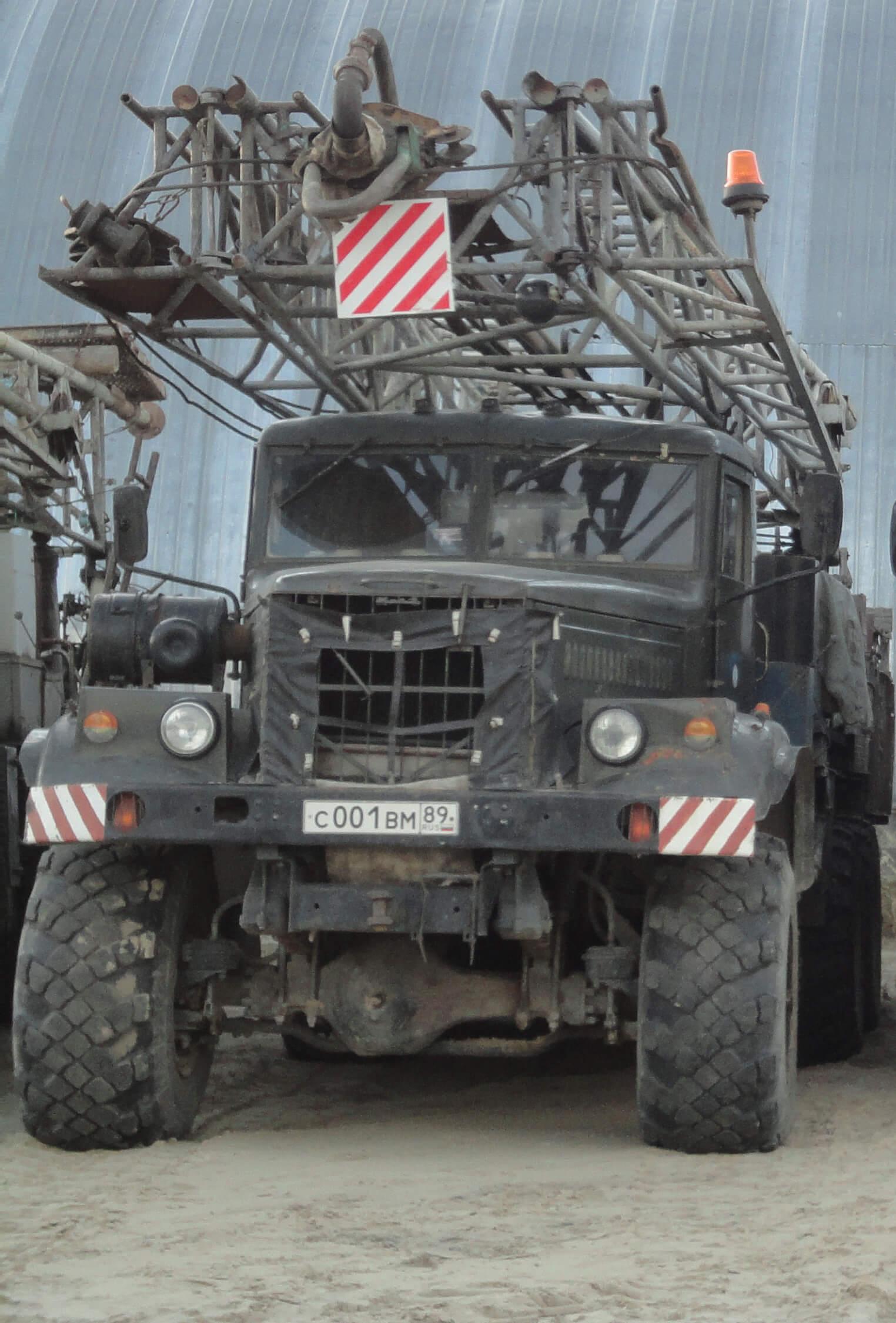 Буровая установка УРБ 3А3 на шасси КРАЗ 255Б фото1