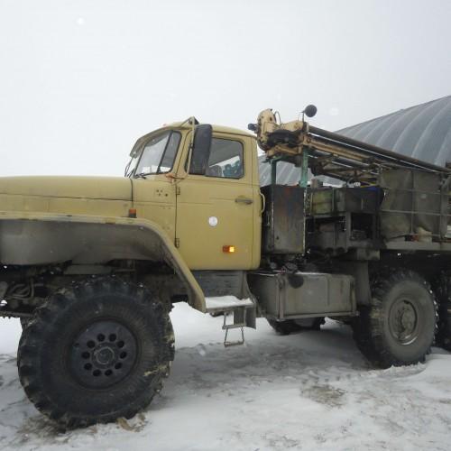 Буровая установка ПБУ-2 на шасси автомобиля УРАЛ 4320