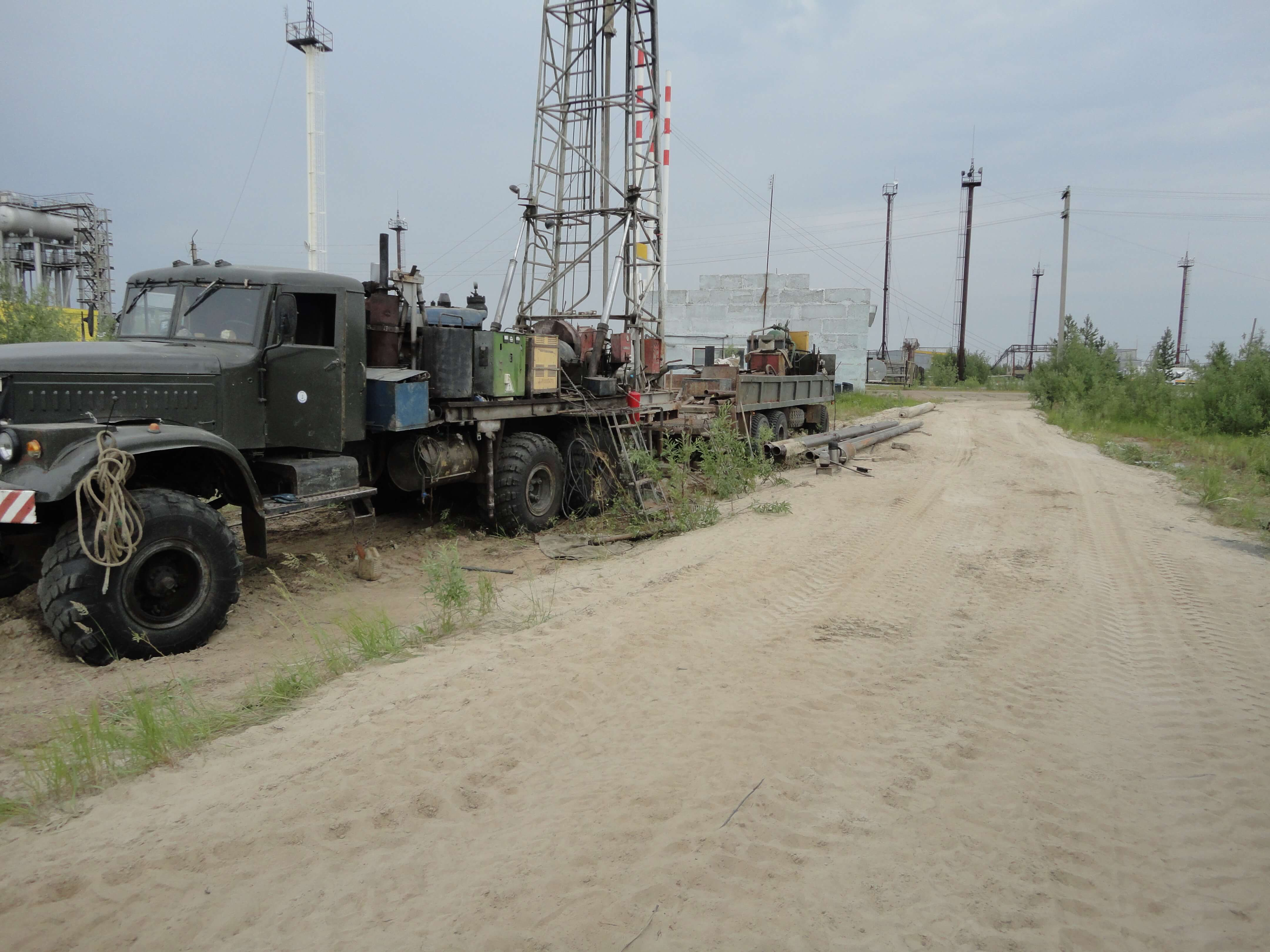 Буровая установка УРБ 3А3 на шасси КРАЗ 255Б фото2